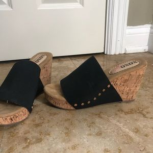 Summer sandal wedge (worn once)